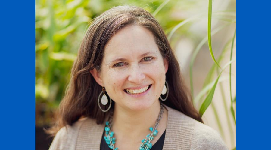 Dr. Lisa Reyes Mason